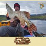 2  BROCHET 97 Cm  Pris par ROMUALD Team Morvan Fishing  DECEMBRE 2015